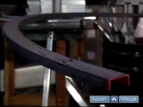 Nasıl Çelik Bir Spiral Merdiven İnşa Etmek : Bir Spiral Merdiven İnşa Etmek İçin El Ray Bükme