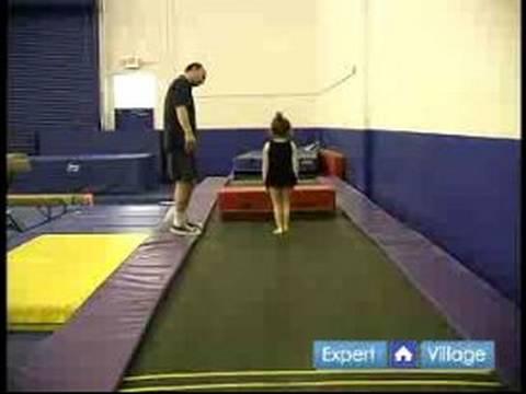 Nasıl Okul Öncesi Jimnastik Öğretmek: Takla Trambolin İçin Okul Öncesi Jimnastik