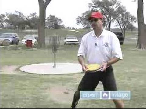 Nasıl Disk Golf Oynamak İçin: Disk Golf İçin Tekniği Koyarak Straddle