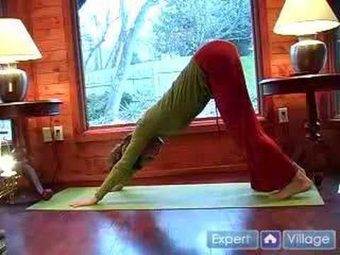 Âdet, Menopoz Veya Hamile Kadınlar İçin Yoga Teşkil Etmektedir: Aşağı Doğru Köpek Yoga Pose Âdetli Kadınlara