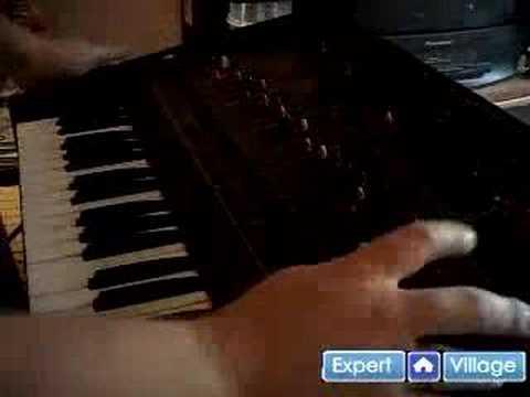 Nasıl Analog Synthesizer Ve Vintage Klavye Oynanır: Ücretsiz Online Müzik Dersleri: Arp Odessey Synthesizer Oynamayı: Ücretsiz Online Rehber Analog Klavye
