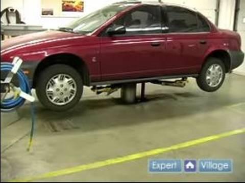 Araba Lastiği Bakım: Bir Lastik Hidrolik Asansör Nasıl Değiştirilir
