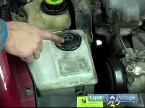 Nasıl Araba Sıvıları Kontrol Etmek İçin: Nasıl Ön Cam Yıkayıcı Sıvı Seviye Kontrol