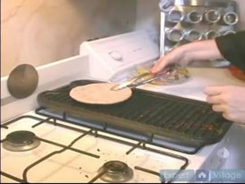 Humus Pizza Tarifi Yapmak: Bir Pide Humus Pizza İçin Isıtma