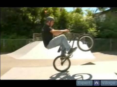Abubaca Bmx Bisiklet Hile Yapmak İçin Nasıl Bir Çeyrek Boru İçin Bmx Bisiklet Hileler & Dudak :