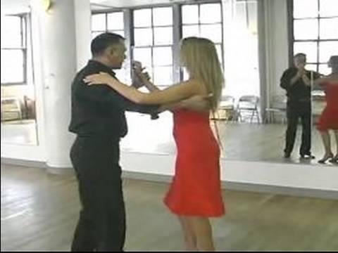 Cha Cha Dans Etmeyi: Çapraz Vücut Kurşun Cha-Cha İçinde