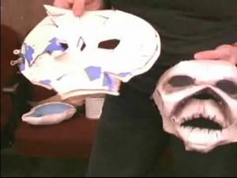 Nasıl Yapmak Ve Tiyatro Maskeleri Kullanın: Tuvalet Kağıdı İçin Yapmak Tiyatro Maskeleri Kullanma