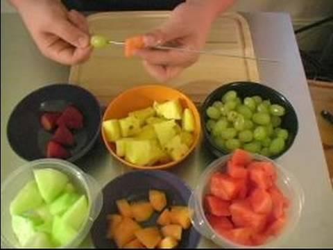 Barbekü Garnitür Tarifleri : Meyve Kebabı Tarifi