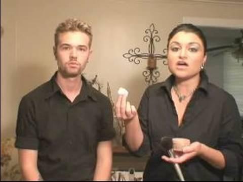 Erkekler İçin Makyaj: Nasıl Erkekler Üzerinde Toz Makyaj Uygulamak İçin