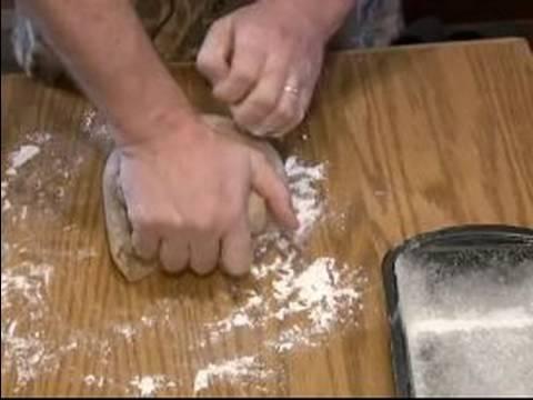 Nasıl Çavdar Ekmeği : Çavdar Ekmek Hamuru Yumruk