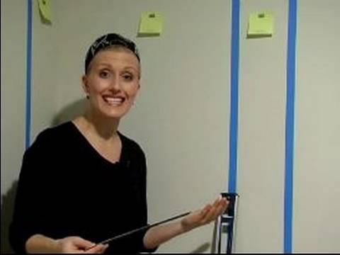 Duvarlarında Stripes Boya Nasıl Yapılır : Bir Duvar Resminin Çizgileri Ölçmek İçin Nasıl