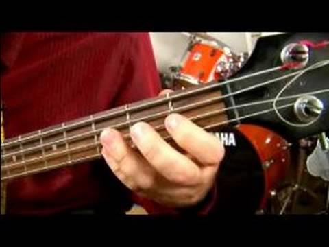 Nasıl Bb Binbaşı Bulunduğu Bas Gitar: Nasıl Bb Büyük Bir Reggae Reçel Oynamak: Bas Gitar
