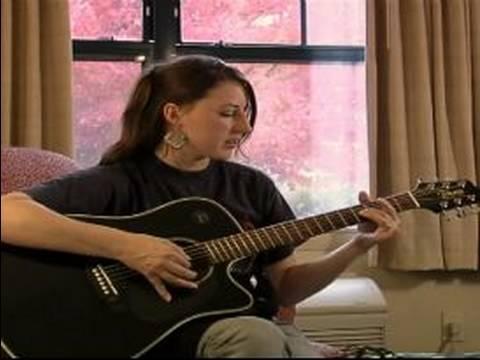 Nasıl Bir Noel Şarkısı Yazma : Bir Gitar Akort Nasıl Yapılır: Bölüm 2