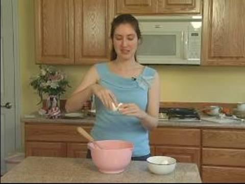 Cevizli Börek Nasıl Yapılır : Cevizli Pasta Tarifi İçin Yumurta Yenmek İçin Nasıl