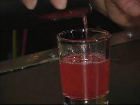 """En İyi Karışık İçecek Tarifleri Ve Vücut Çekim: """"yakut Kırmızı Terlik"""" İçki Yapma"""