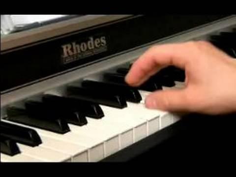 Nasıl D Ses Müzik Sahte Bir Kitap Okumak : D Büyük Bir Caz Şarkısı Oynayan 9 Ve 10 Önlemleri