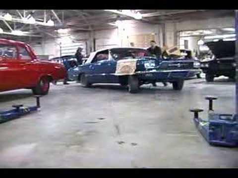 Pt. 1: Bir Ford Thunderbird Bir Chevy 350 Kurulur: Nasıl Bir Araba Motoru Değiştirirken Taşımak İçin