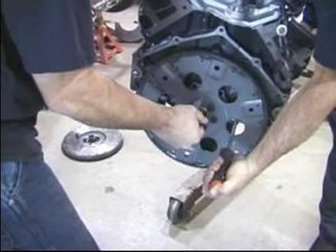 Pt. 1: Bir Ford Thunderbird Bir Chevy 350 Kurulur: Nasıl Bir İletim Flex Plaka Yüklemek İçin