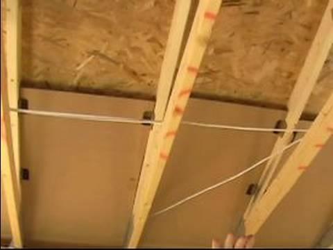 İzolasyon Enerji Verimli Evler İçin Teftiş: Perdeler Çevresinde Ev Yalıtım Kontrol