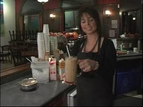 Gurme Çay Ve Kahve İçecek Tarifleri: Nasıl Bir Buzlu Latte Yapmak
