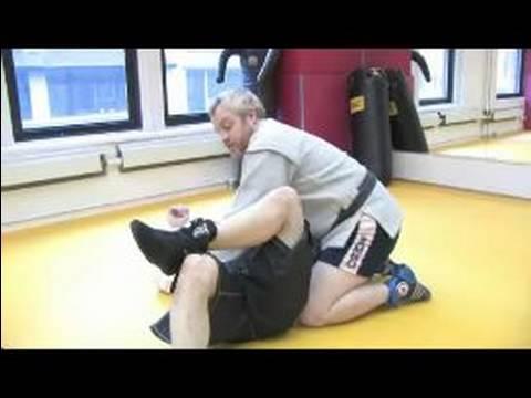 Sambo Dövüş Sanatları Yapmak İçin Nasıl : Sambo Dövüş Sanatları Diz Aşık Yapmak Nasıl