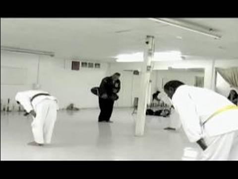 Nasıl Bir Dövüş Sanatları Okulu Seçmek İçin: Dövüş Sanatları Okulda Hayat Dersleri Öğrenmek İçin Nasıl