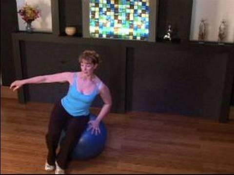 Nasıl Bir Kardiyo Top İle Egzersiz: & Kardiyo Topu İle Oturup Rulo Egzersiz