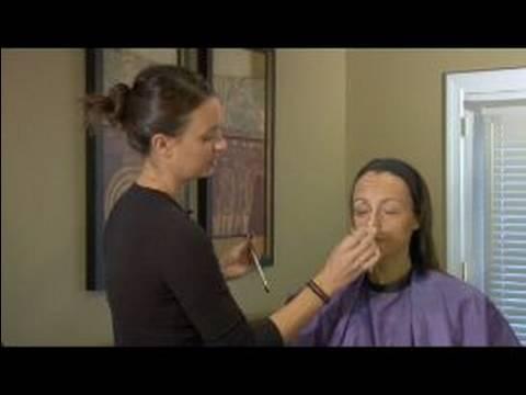 Tiyatro İçin Yaşlılık Makyaj Nasıl Makyaj İle Burun Vurgulamak İçin