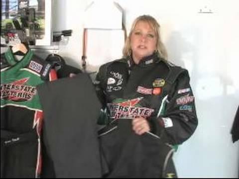 Drag Racing İçin Malzeme Kontrolü: Drag Racing Takım Elbise Farklı Türleri
