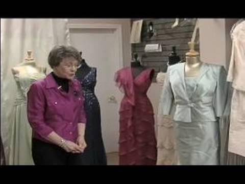 Bir Anne Gelinin Elbise Seçmek: Bir Anne-Of--Gelinin Elbise