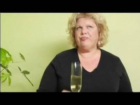 Şampanya Ve Köpüklü Şarap Gerçekler: Köpüklü Şarap Tadımı