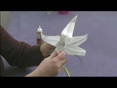 Çocuklar İçin Köpük Çiçek El Sanatları: Lily Yaprakları Çocukların El Sanatları İçin Yapma