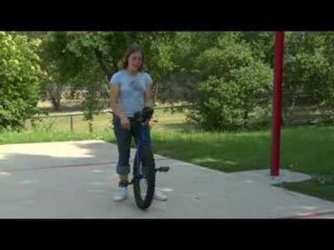 Off-Road Tek Tekerlekli Sirk Bisikletine Binme: Tipi Üzerinde Durdurduklarını