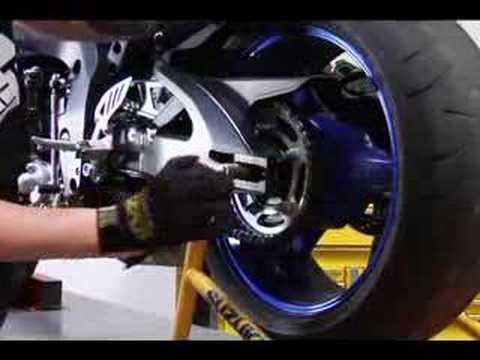 Pezevenk Motosikletler İçin Nasıl: Arka Motosiklet Lastikleri Kaldırma