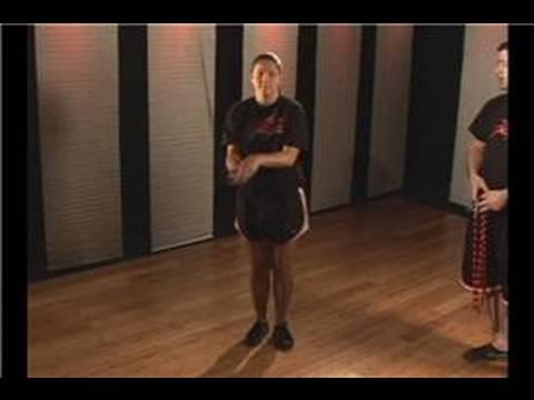 Kickboks Fitness: İp Atlama Egzersiz: Kickboxing Fitness: İp Atlama Çapraz Salıncak