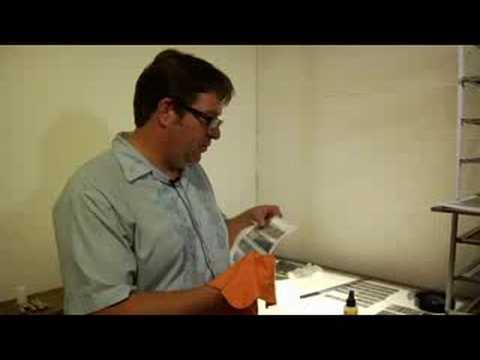 Nasıl Kesim Ve Mağaza Fotoğraf Bağlantı Sayfası İçin: Film Temiz Ve Anti-Statik Bez