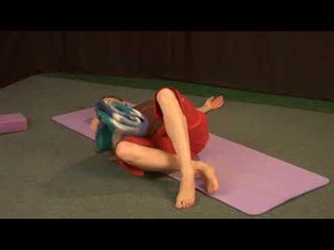 Yoga Pozlar Oturmuş : Yoga Yatkın Büküm Poz