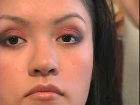 Turuncu Göz Farı İpuçları : Uygulama Beyaz Eyeliner