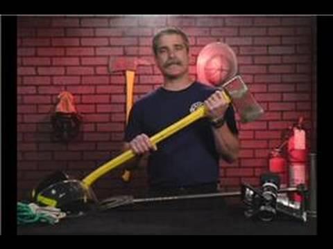 Yangın Söndürme İtfaiye Kullanan Araçları: İtfaiye Araçları: Düz Başlı Balta