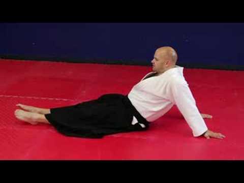 Aikido Egzersizleri Ve Uzanıyor: Aikido Omuz Uzantısı Uzanıyor