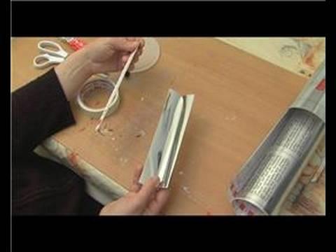 Nasıl Bir Kaleydoskop Yapmak: Yansıtıcı Kağıt Şeritler Bir Çiçek Dürbünü Ekleme