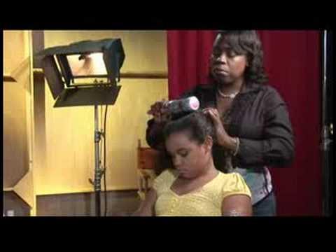 Bir Saç Bakımı İpuçları: Styling Ürünleri Olmadan Kıvırcık Saçları Düzleştirmek Nasıl