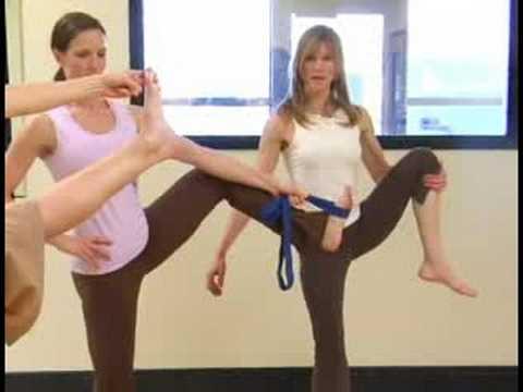 Yoga Egzersizleri : Yoga: Ayak El Poz