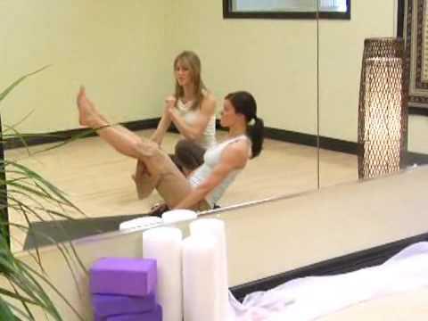 Yoga Egzersizleri : Yoga: Tekne Poz