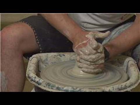 Seramik Güveç Çanağı nasıl yapılır : Tekerlek Wedging Potter\'In Clay