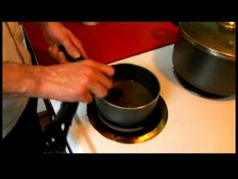 Biberiye Sirke Domuz Pirzolası : Biberiye Sirke Domuz Pirzolası: Stok, Isı Yağı Yapmak