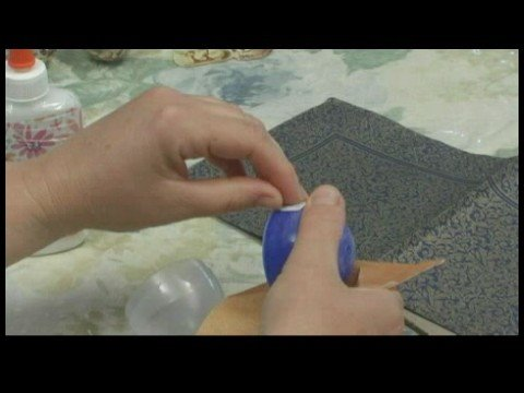 Nasıl Dekupaj Yumurta Yapmak: Plastik Dekupaj Yumurta: Kesme Tasarımlar