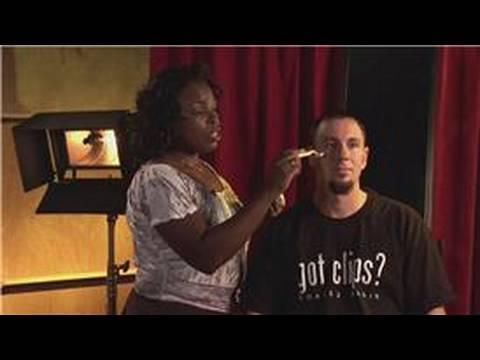 Erkekler Tıraş Sonrası Jilet Döküntü Önlemek İçin Nasıl bir saç Kesimi Ve Tıraş İpuçları:\