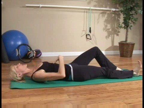 Acemi Pilates Egzersizleri: Pilates Egzersizleri: Topuk Slaytlar