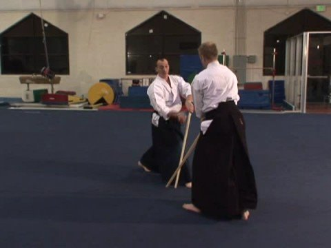 Aikido Silah Teknikleri : Aikido Silah: Kumitachi Egzersiz Ushoa Jodahsoa Başlayarak